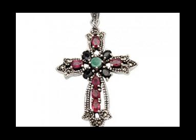 croix argent et marcassites avec rubis, saphirs et émeraudes