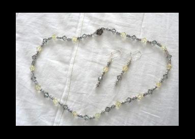 Parure cristaux swarovki jaunes et gris