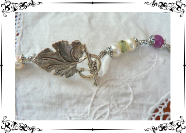 Parure jades roses et quartz verts facettés