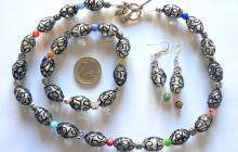 perles de verre dentelle noire avec millefiori
