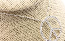 """Collier strass """"peace and love"""""""
